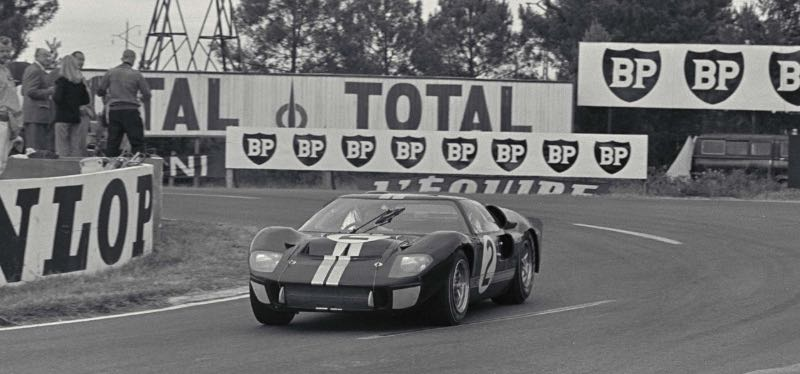 #2 Ford GT40, chassis P/1046, at the 1966 Le Mans 24 Hours