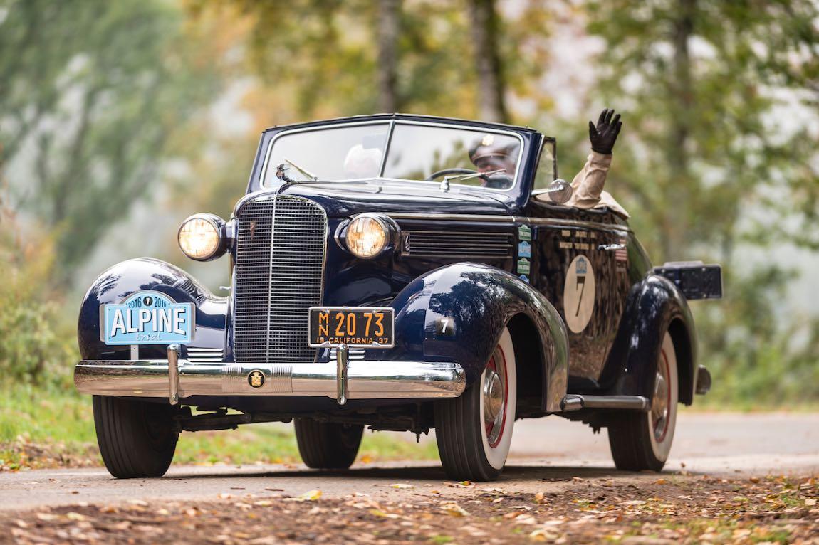Car 07 James Gately (USA) / Tony Brooks (GB) 1937 Cadillac 60 Series Coupe