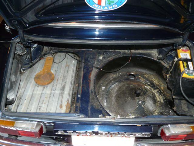 myalfa-gtv-trunk.jpg