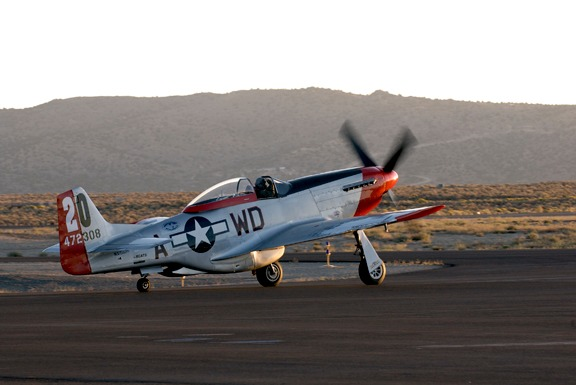 Dan Martin warms up Ridge Runner P-51D Mustang