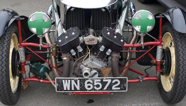 independent-suspension-1300cc-j-a-p-v-twin-engine-in-j-dale-barrys-1934