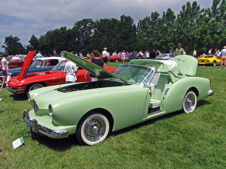 1954 Kaiser Darrin 161 Sport Convertible
