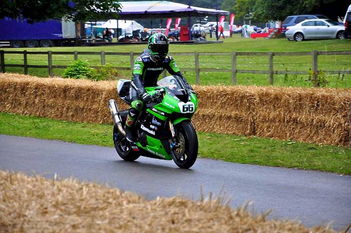 2nd-overall-tom-sykes-kawasaki-nija-zx-10r-fastest-motorcycle