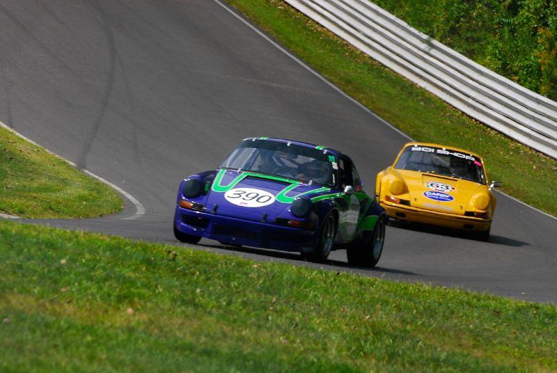 Pair of Porsche 911s