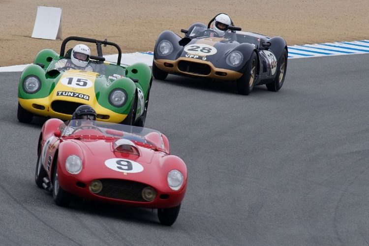Ferrari TR59 leads two Lister Knobbly Jaguars into five.