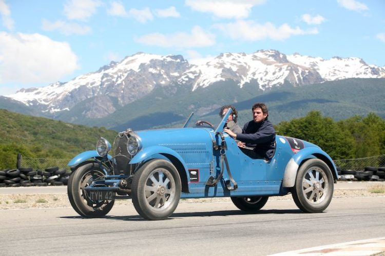 1000-millas-sport-2010-bugatti-mountains