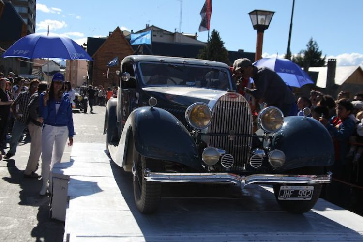 1000-millas-sport-2010-bugatti-stage