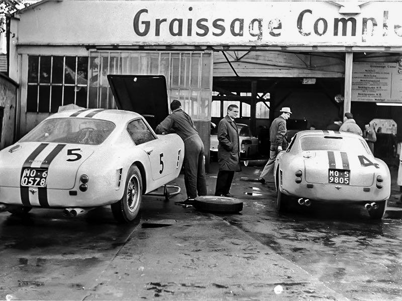Garages anciens - Page 2 Ferrari-250-GT-SWB-Period