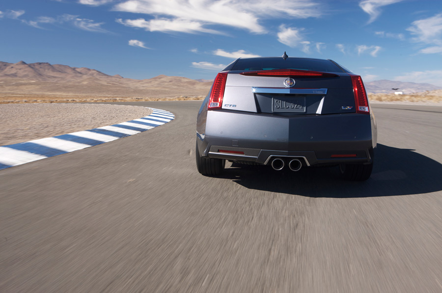 2013 cadillac cts v coupe driving report car review. Black Bedroom Furniture Sets. Home Design Ideas