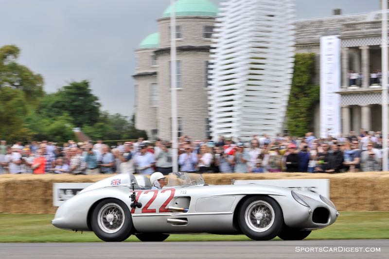 Sir Stirling Moss in the #722 Mercedes-Benz 300 SLR