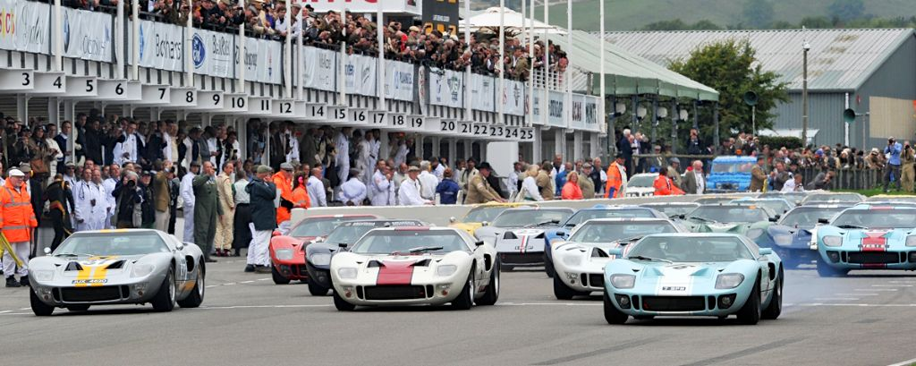 Start of the Ford GT40 Whitsun Trophy Race at 2013 Goodwood Revival