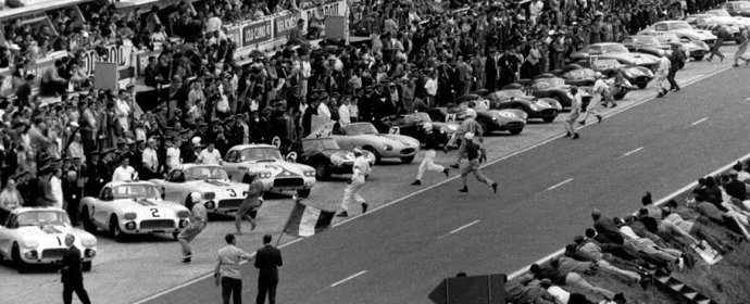 Start of the 1960 Le Mans 24 Hours picture