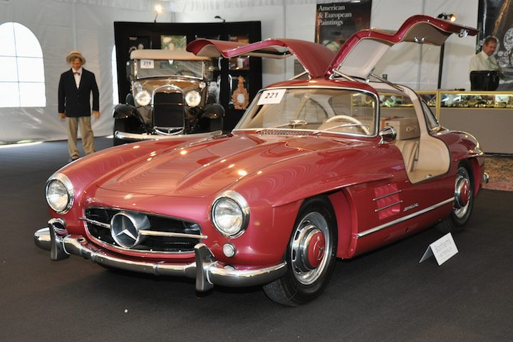1955 Mercedes Benz 300sl Gullwing Sold For 546 000 Versus Pre