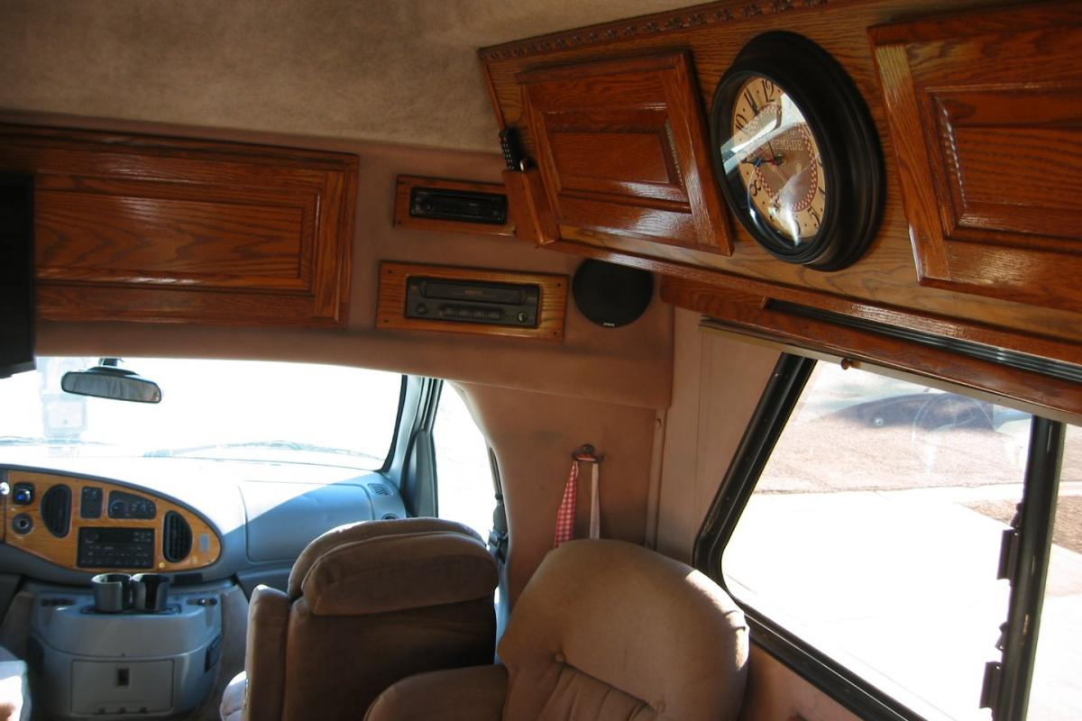 1998 Chinook Concourse XL, 3