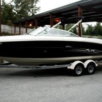 2005 Sea Ray 220 Select, 2