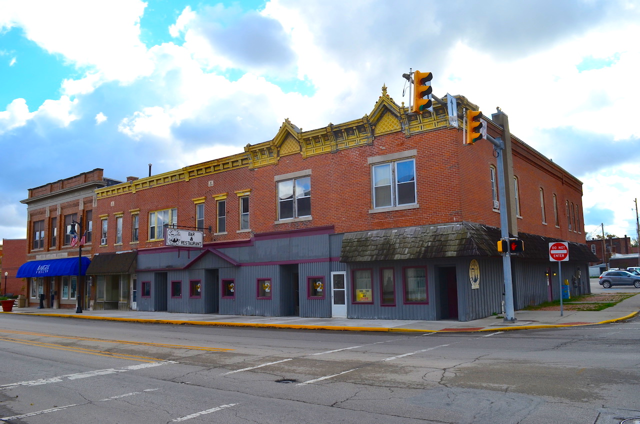 Turnkey Business With Apartments In Downtown Decatur