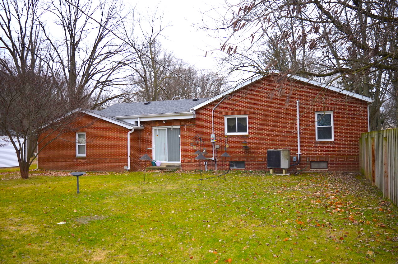 3 Bedroom Home With Basement In The Waynedale Area
