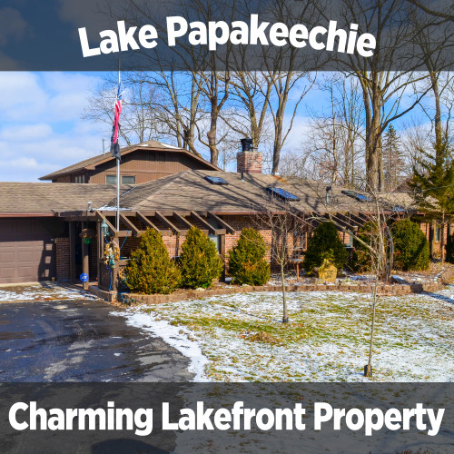 Charming 3 bedroom, 2.5 bath home on Lake Papakeechie in Syracuse IN