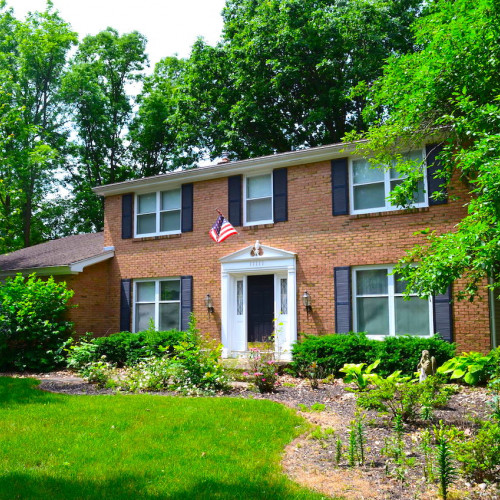 4 bedroom home on basement in highly desirable Pine Valley