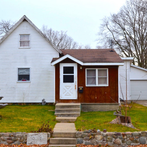 3 bedroom home with detached garage located northeast of downtown Ligonier
