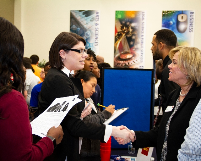 Career Fair Event (Picture 3)
