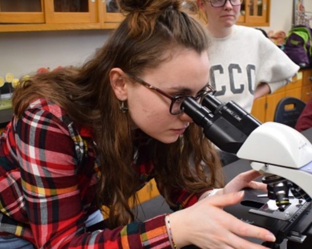 The Health Science program at North Country Community College gives you broad exposure to the field while you weigh various career options, with classes in nutrition, first aid and more.