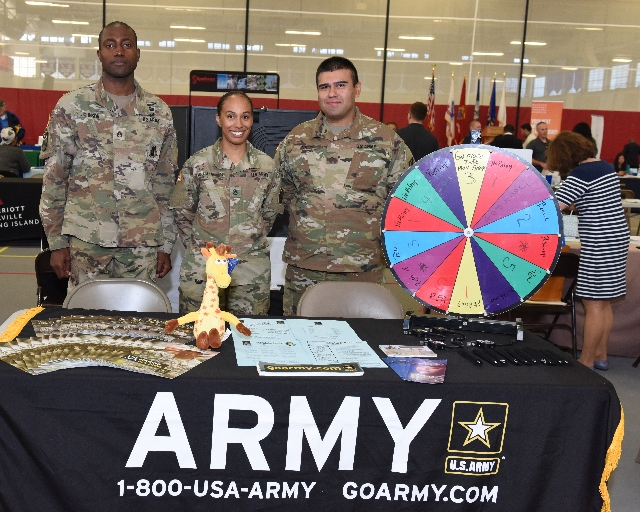 Photo of ARMY recruiters at Career Fair