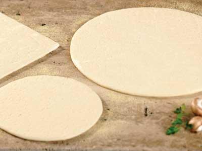 villa_prima_starter_crusts_14_pre_proofed_sheeted_dough-73071