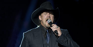 Buy Trace Adkins tickets at ScoreBig.com