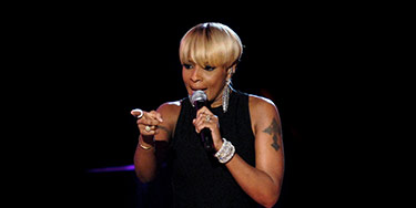 Buy Mary J. Blige tickets at ScoreBig.com