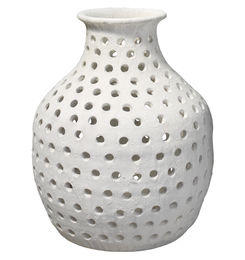 Small porous vase scout and nimble