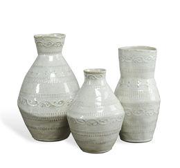 Amaya Vases