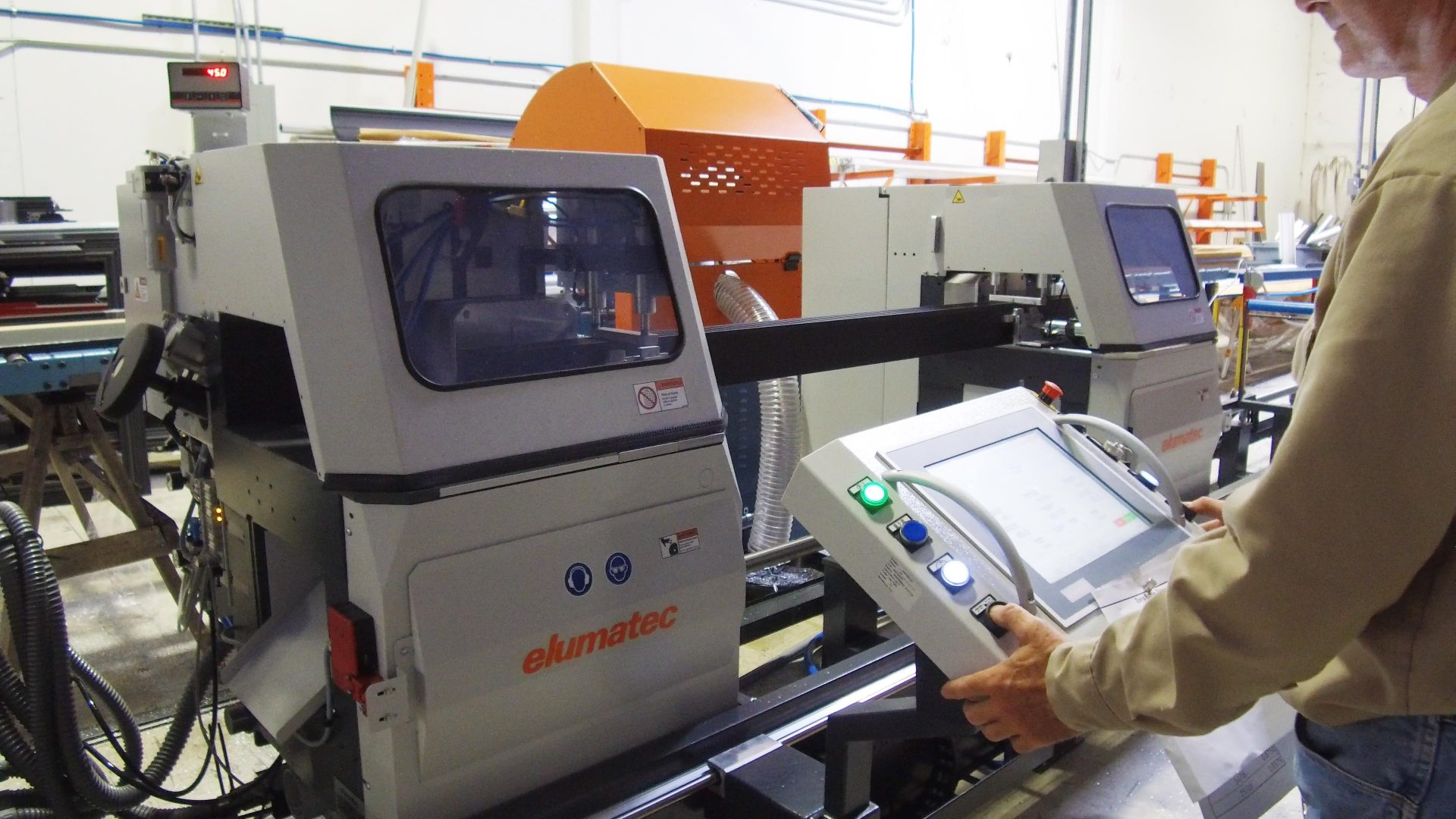 How We Keep it #MadeInAmerica – Robotic Saw
