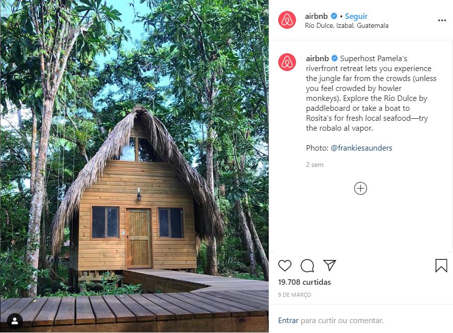 post on Airbnb social media