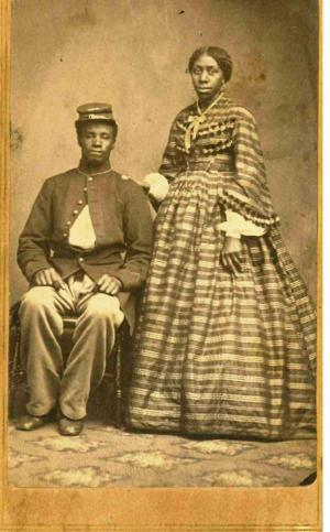 Unknown Union soldier and his wife