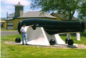 Largest cannon made during the Civil War, a 20inch Rodman, fired a 1080 lbs solid shoot over 8,000 yards using 125lbs of black powder