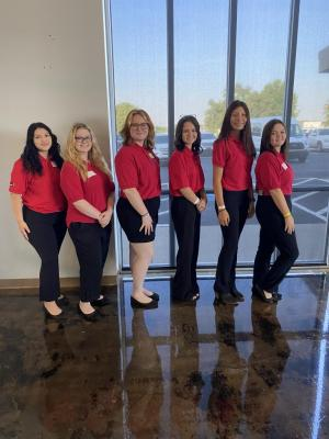 Training on how to lead their chapter. Briseth Mendoza, Kalli Davis, Sierra Walker, Brooklyn Johnson, Malena Whitekiller and Vanessa Chew