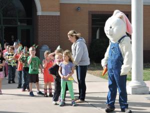 bunny finding eggs