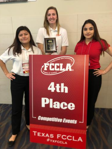 Monse Lozano, Raylee Mathis, & Selene Leon place 4th in Chapter Review Display