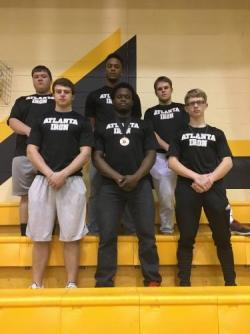 Powerlifting Team Competes