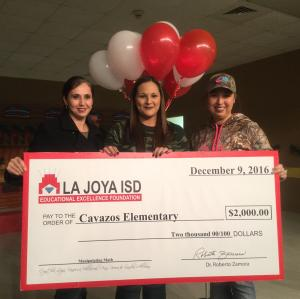 La Joya ISD Educational Excellence Foundation awards 5th grade teacher, Mrs. Leija