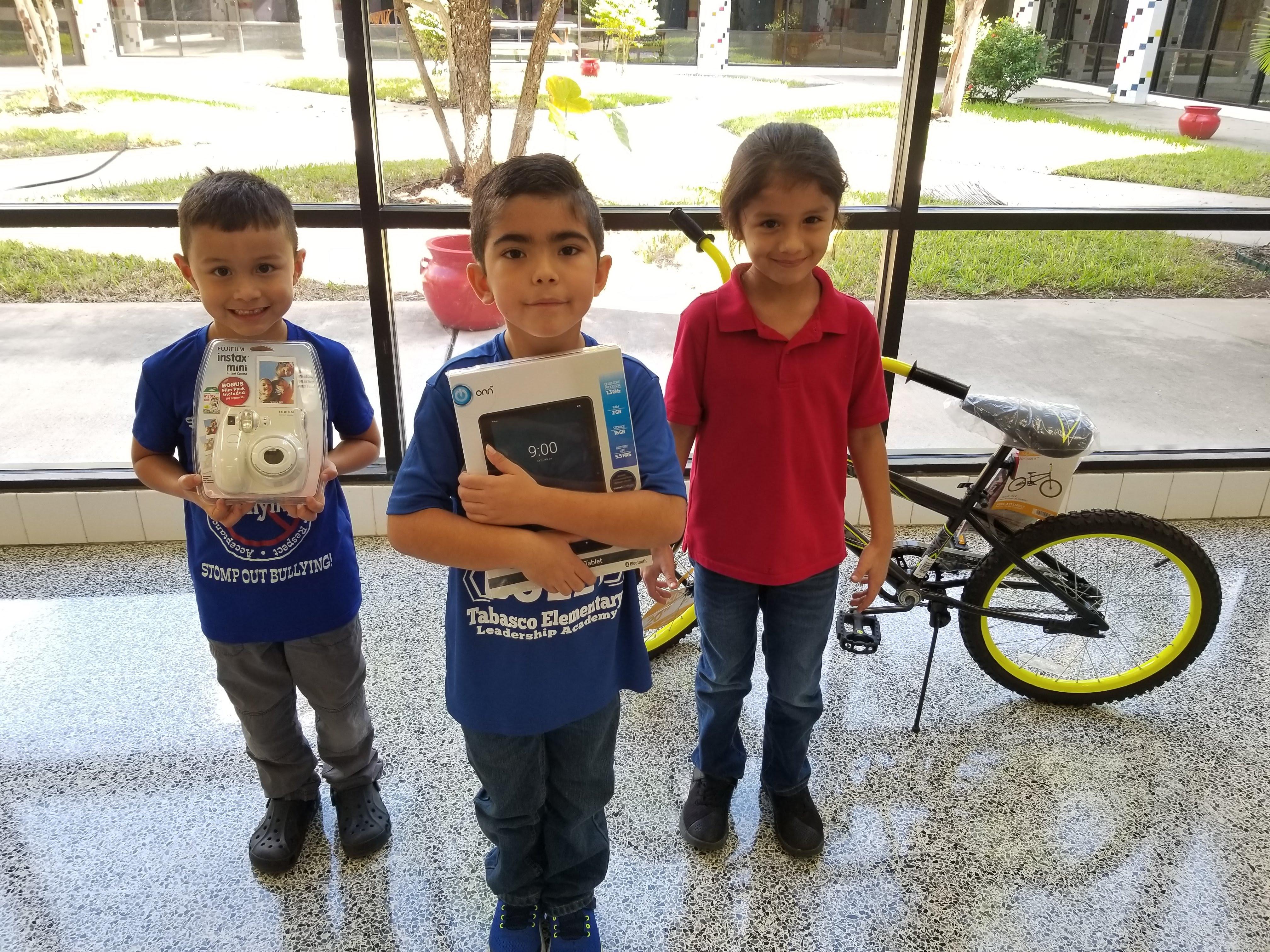 Lower Grades: 1st Place - Toby Luna; 2nd Place - Edren Leanos; 3rd Place - Jordan Lara
