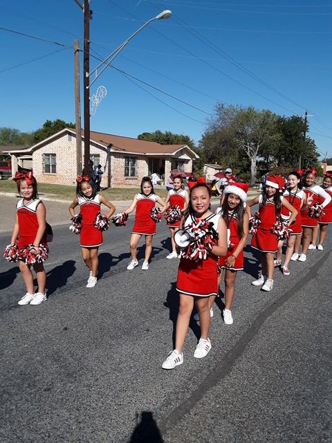 Mendiola Cheer Team in Action