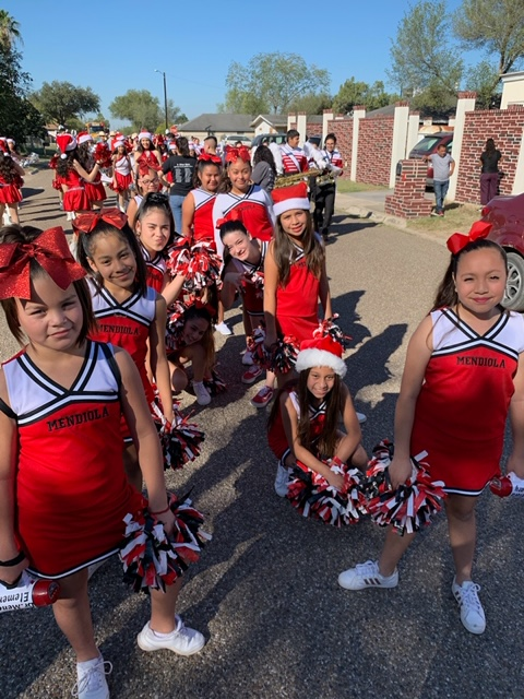 Mendiola Cheer Team At La Joya Christmas Parade