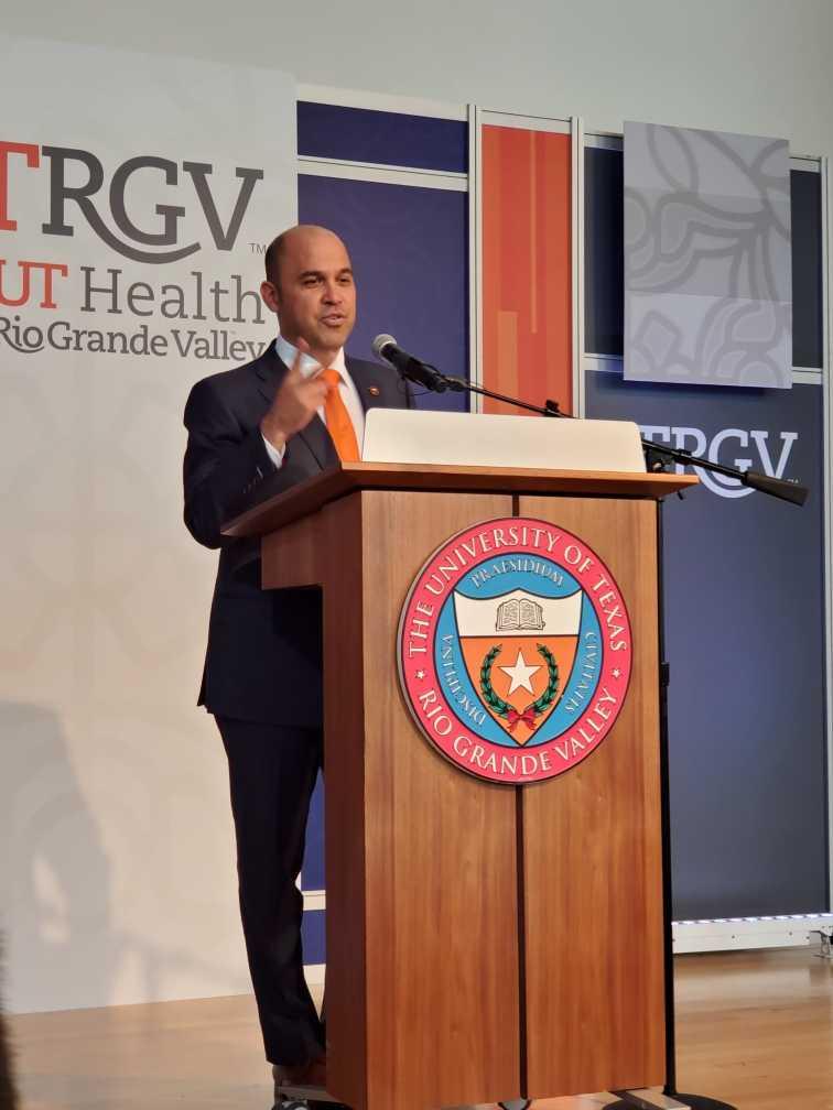 Dr. Nolan Perez, UT Board of Regents announces Vaquero MD program for high school students applications open November 1, 2019-January 22, 2020