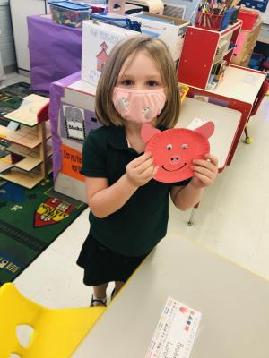 We learned that PIG starts with the letter P. We PAINTED  a PAPER PLATE PINK and made a pig.