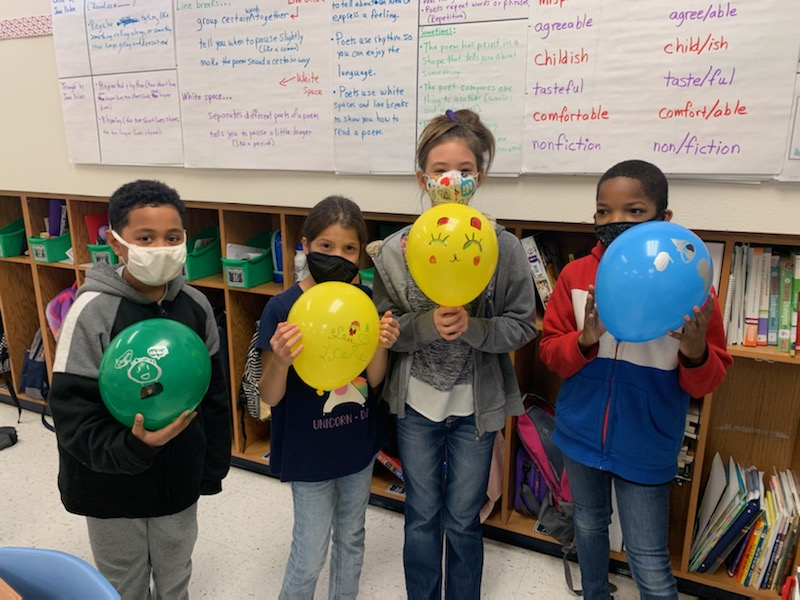 House Creek students learn STEM lesson through cherished holiday tradition