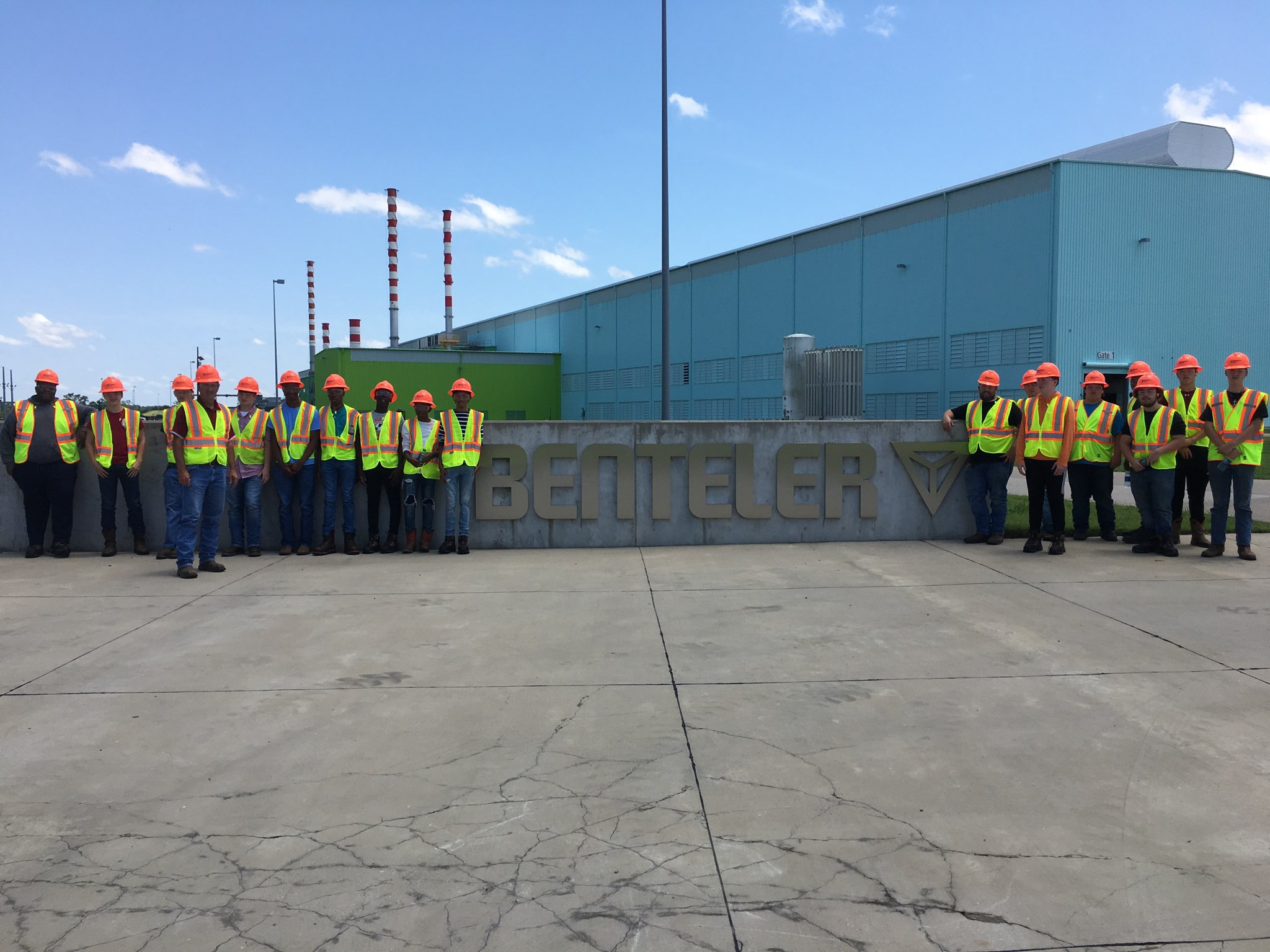 Jump Start Summer 2019 welding students on-site visit at Bentler Steel.