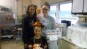 Mrs Wolken, Jessica & and Rylee