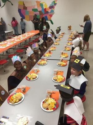 Kindergarten Thanksgiving Feast 11-17-17